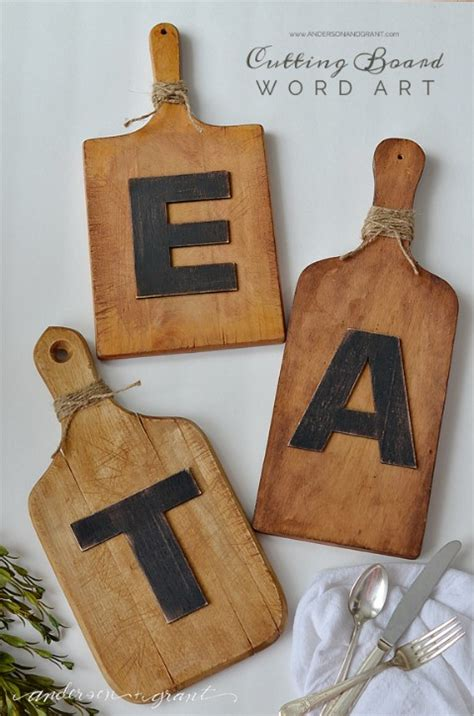 decorating  letters  words  striking tutorials