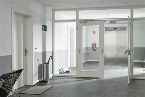 Flur Mit 5 Türen Gestalten by Mit Innent 252 Ren Den Flur Einladend Gestalten