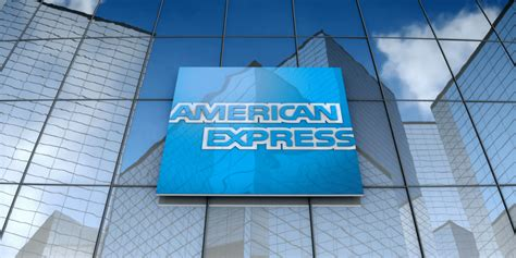 Scoping out good deals and moving points to other programs takes some effort. American Express Green Card 30,000 Bonus Points ($600 Value) + Several Travel Credits