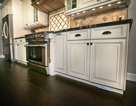 Top Rated Kitchen Farmingdale New Jersey By Design Line. Kitchen Remodel Designer. Designer Kitchen Clocks. Toronto Kitchen Design. Stunning Kitchens Designs. Kitchen Colors And Designs. Modern Kitchen Cupboards Designs. Modern Kitchen Designs And Colours. Cool Kitchen Design Ideas