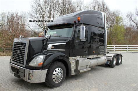 volvo vt usa truck adr  standard tractortrailer