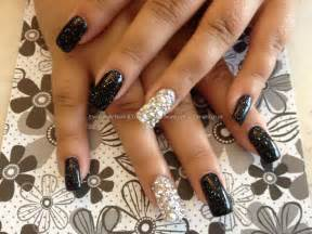 Black Acrylic Nails with Glitter