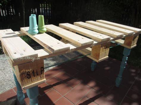 kleiner tisch aus paletten tisch aus palette selber bauen anleitung