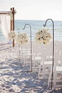 35 gorgeous beach themed wedding ideas With beach wedding ceremony ideas