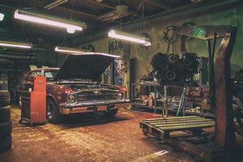 car repair shop  stock photo libreshot