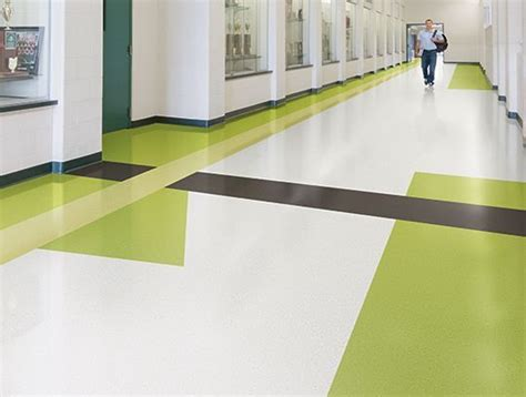 Johnsonite Rubber Tile Maintenance by 25 Best Ideas About Rubber Flooring On Rubber