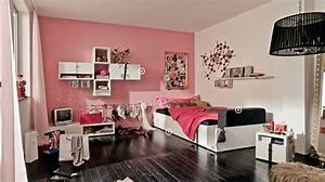 Trendy teen rooms for Picture of bedrooms for teenagers