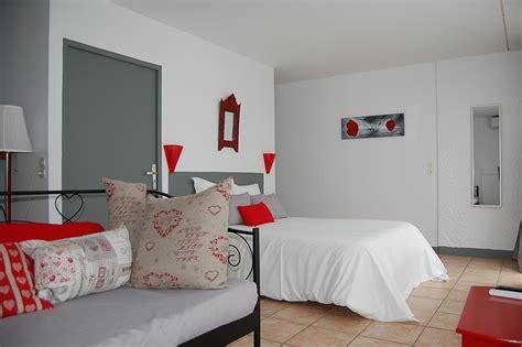 description chambre hotel chambre handicapée adaptée aux personnes à mobilité