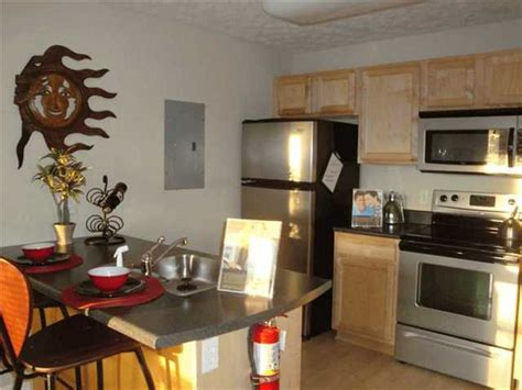 One Bedroom Apartments In Auburn Al by Logan Square Apartments Everyaptmapped Auburn Al