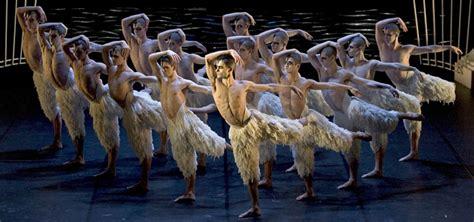 swan lake  matthew bourne wwwdanzadancecom