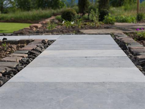 granitplatten garten gartenweg gestalten mit naturstein jonastone