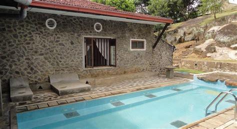 serendip stone bungalow kandy sri lanka