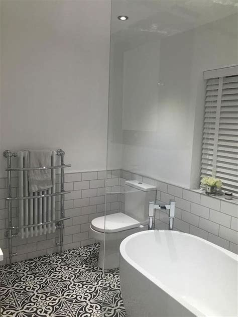 Small Bathroom Ideas On A Budget Uk by The 25 Best Small Shower Room Ideas On Shower