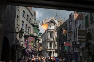 Halloween Theme Parks 2017 by Universal Orlando Close Up Wizarding World Of Harry