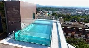 Piscine Inox Prix : amazing piscine en verre ou parois de verre effet waouh garanti for carre bleu piscine with prix ~ Carolinahurricanesstore.com Idées de Décoration