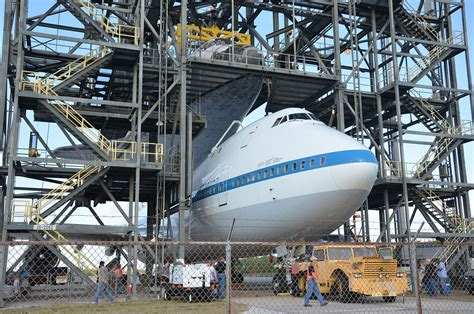 Space Shuttle Discovery Mounted Atop Jumbo Jet for Ride to ...
