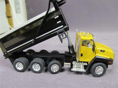 caterpillar ct yellow dump truck diecast masters