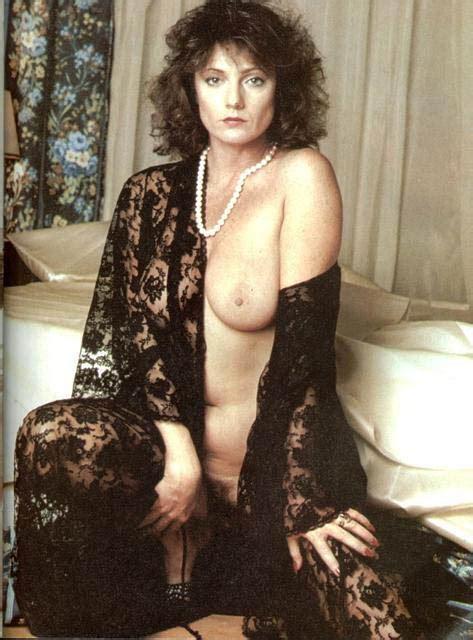 Honey Wilder Nude Hot Girls Wallpaper