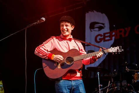 home grown star gerry cinnamon waltzes  stage  trnsmt