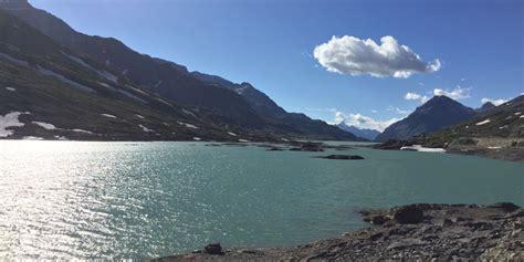 lago bianco graubuenden ferien schweiz