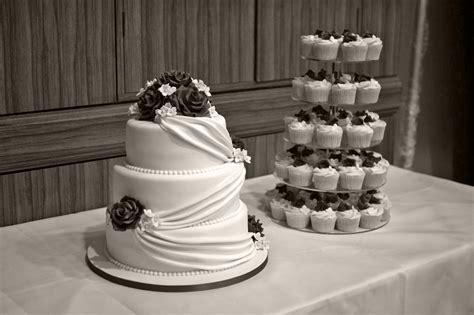 3 Tier Wedding Cake With Cupcake Tower Bakealous