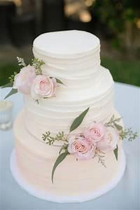 20 simple wedding idea inspirations simple weddings With simple wedding cake ideas