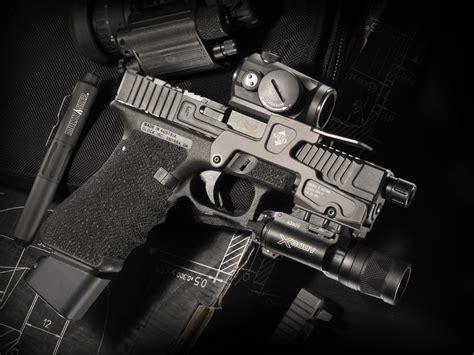 wallpaper glock   loading gun weapon  uhd
