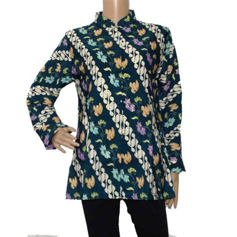 Sangat menarik dipakai untuk majlis rasmi. Blus Batik Seragam Semi Sutra Motif Parang Exclusive di ...