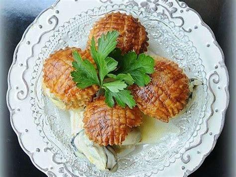 caillou fait la cuisine recettes de feuilletés de la cuisine de mamie caillou