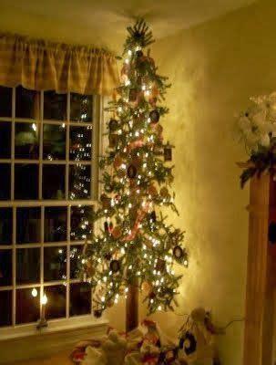 diy  spend     skinny christmas tree
