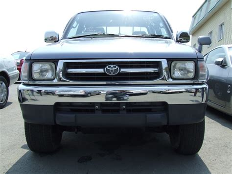 Used 1999 Toyota Hilux Pick Up Photos