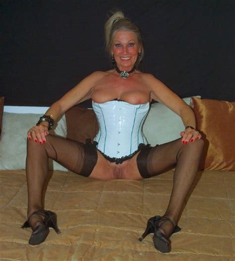 1druk16  In Gallery Mature Milf Dutch Ria Picture 46 Uploaded By Candaules43 On