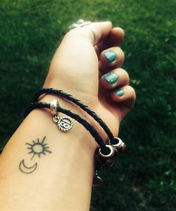 Small Sun and Moon Tattoo | &alltheotherstuff | Pinterest ...