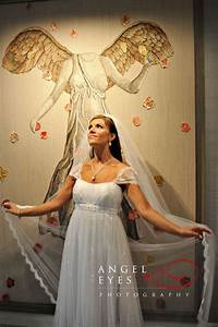 Bridal gowns in chicago il for Wedding dress resale chicago