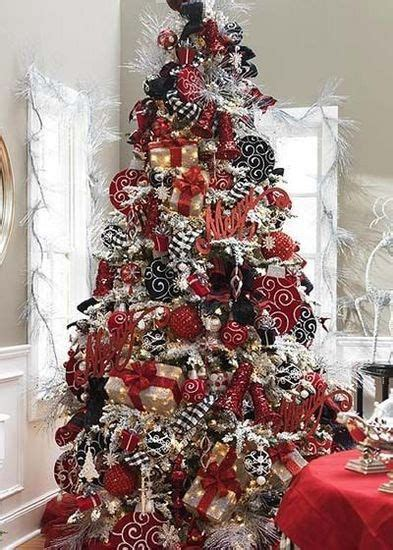 love  black white red christmas tree  colors