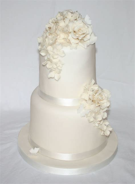 Simple Elegant Two Tier Wedding Cake Wedding Cakes By