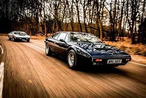Ferrari Vs Lamborghini : ferrari 308gt4 vs lamborghini urraco p300 drive ~ Medecine-chirurgie-esthetiques.com Avis de Voitures