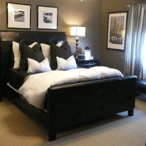 if choosing bedding for the guest room always keep in mind that what you like may not be a color that your guest will like so try and keep to colors 70 stylish and masculine bedroom design ideas digsdigs