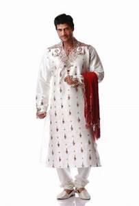 Tenue Indienne Homme : tenue orientale mariage sherwani ~ Teatrodelosmanantiales.com Idées de Décoration