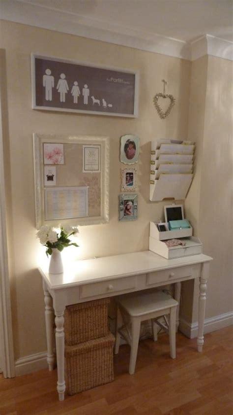 small desk area ideas 7 ιδέες για να αξιοποιήσετε το χολ του σπιτιού σας infowoman
