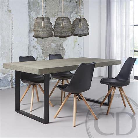 Chaise Scandinave Noir Ralf Wood  Kiv Sur Cdc Design