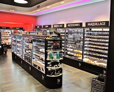 magasin accessoire cuisine agencement de magasins amenagement magasin fabricant