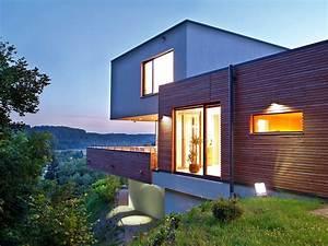 hausbau wohnen in hanglage wohnen With garten planen mit carport balkon kombination