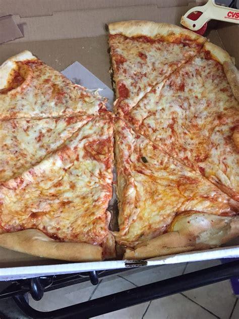 O Napoli Pizzeria Sandwich Civray - bella napoli pizzeria 20 reviews pizza 524 e 240th st bronx ny verenigde staten