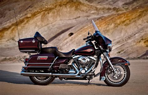 2011 Harley Davidson Glide by 2011 Harley Davidson Flhtc Electra Glide Classic Moto