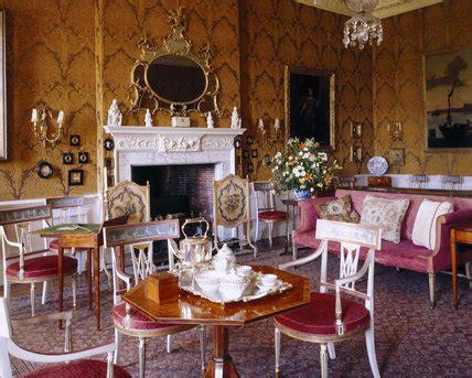 opulent interior   drawing room
