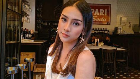 Cari produk setelan bayi lainnya di tokopedia. review terbaru: Anya Geraldine Nur Amalina Hayati