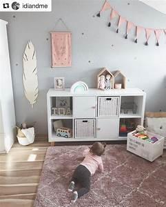 Kleine Kinderzimmer Gestalten : ein zauberhaftes kinderzimmer mit ikea kallax und herzm belkn pfen in natur ikea pimp up ~ Orissabook.com Haus und Dekorationen