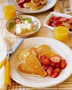 Valentine's Day Breakfast Ideas For Kids | POPSUGAR Moms