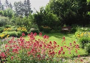 Was Blüht Im Schatten : staudengarten gross potrems gartenrundgang im mai ~ Markanthonyermac.com Haus und Dekorationen